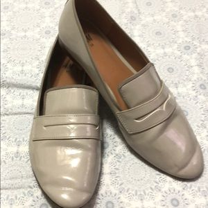 Women's H&M gray loafers size 7